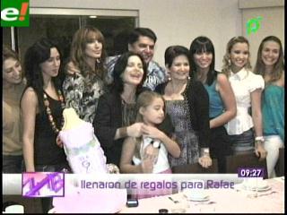 Sandra Parada disfrutó el baby shower con amigas