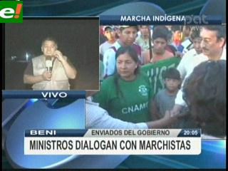 Ministros continúan reunidos con Indígenas
