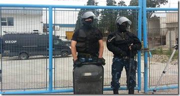 secuestrados-Puerto-Madryn-Daniel-Feldman_CLAIMA20130610_0147_17 (1)