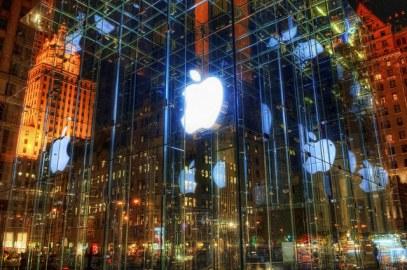 La policía registra las oficinas de Apple en Francia.