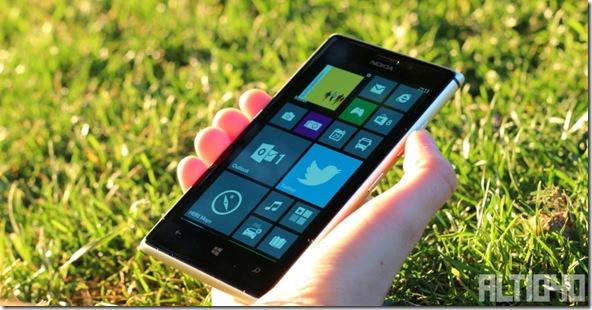 Nokia-Lumia-925-3-800x416