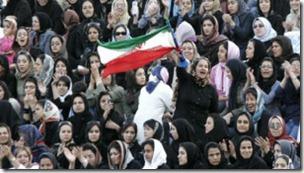 Por años, a las mujeres iraníes no se les ha permitido presenciar partidos de fútbol.