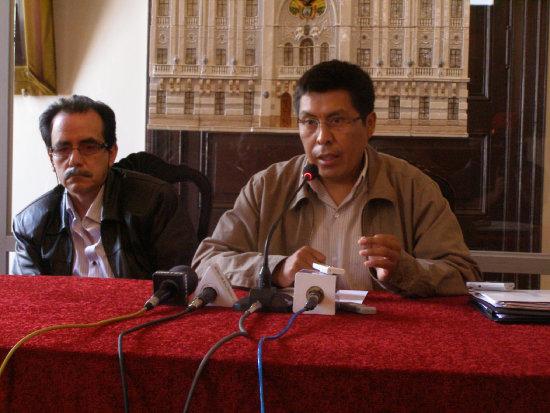 POSICIÓN. El síndico de la Gobernación, Valerio Llanos, comunicó una posición institucional.