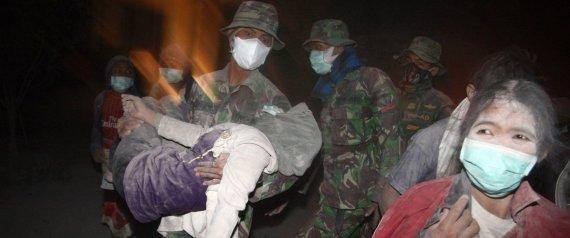 evacuados volcan indonesia