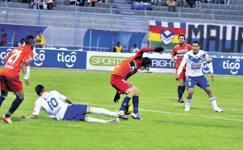 vibrante. El miércoles jugaron San José con Universitario en Oruro, en un partido con siete goles. Ganó el local 4-3.
