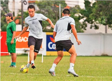 Juan-Quero-jugara--frente-a-Universitario