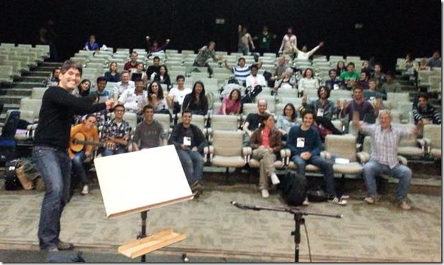 Piraí Vaca junto a los participantes del encuentro internacional de guitarristas realizado en Brasil