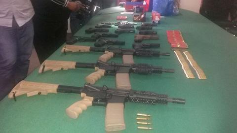 Detienen-a-funcionarios-de-Ecobol-implicados-en-trafico-de-armas-