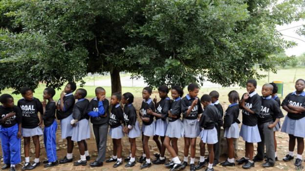 NIños en una escuela en Soweto.