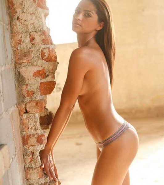 Camila-Alves_00005