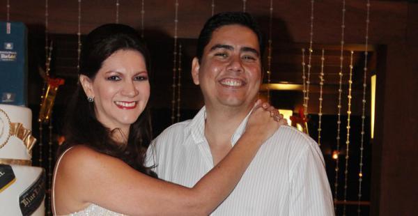 Paola Velasco y Guillermo Schrupp fueron los anfitriones de 150 invitados