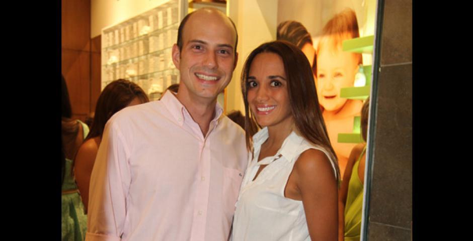 EN PAREJA. Hernán Suárez y Pamela Hurtado