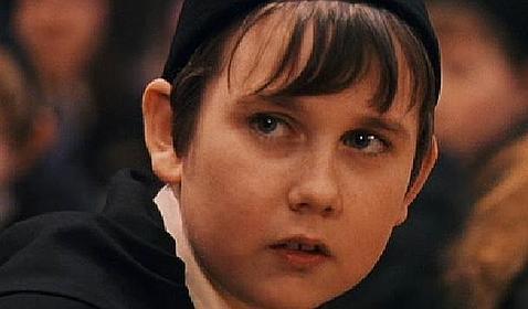 Matthew Lewis, el tímido Longbottom en «Harry Potter» es ahora un militar sexy