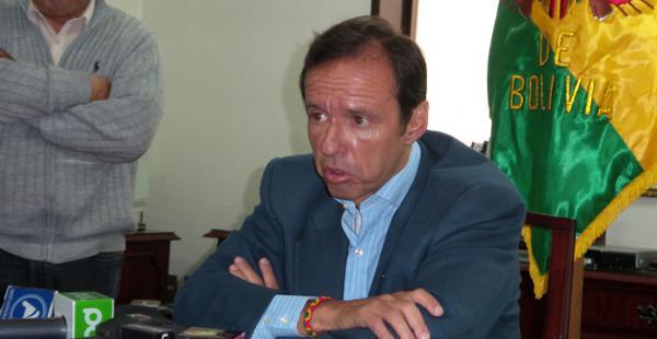 El político opositor acusó además al TSE de cocinar los datos de las elecciones a favor del MAS.