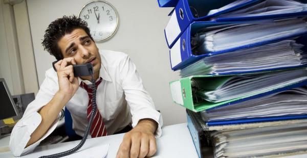 """Estudio concluye que """"no tiene sentido"""" trabajar más de 50 horas semanales"""