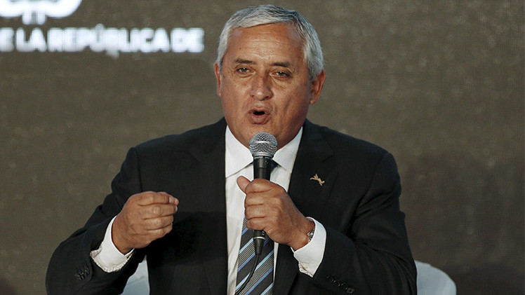 Denuncian al presidente de Guatemala Otto Pérez Molina por 8 delitos