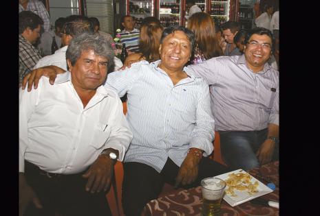 EN PRIMERA FILA. Víctor Hugo Condorcetti, Andrés Gallardo y Enrique Salazar