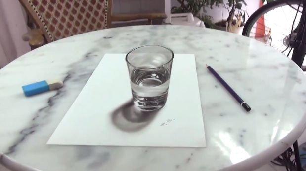 Este vaso no existe pero su mente le hará creer que si [VIDEO]