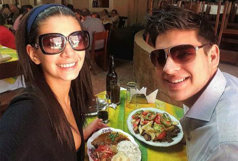 AnabelAngus | ConductoraDeTv. Anabel Angus estuvo unos días en Cochabamba, por motivos de trabajo en la feria Feicobol, y aprovechó el feriado y fin de semana para estar con su novio Marco Antelo y compartir lindos momentos juntos. No perdieron la ocas