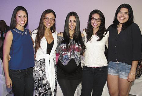 Alejandra Escalante, Cecilia Céspedes, Kathya Rojo, Yosiani Jalil y Michelle Richards no disimulan su alegría con el pronto nacimiento