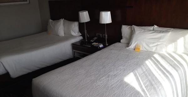 Así serán las habitaciones que los futbolistas ocuparán en el hotel Hilton Garden Inn Airport en Chile