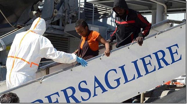 LLEGAN HOY A ITALIA LOS 5.700 INMIGRANTES RESCATADOS EN LAS ÚLTIMAS 48 HORAS