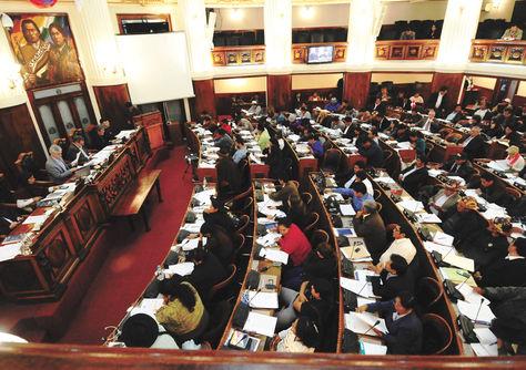 Debate. El proyecto de Ley de Modificaciones al PGE 2015 se tratará hoy en el pleno de la Cámara Baja.