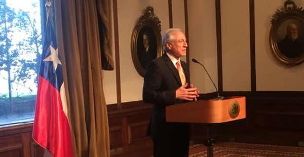 El Canciller del vecino país reforzó las afirmaciones del vocero del Gobierno de la presidenta Michelle Bachelet.