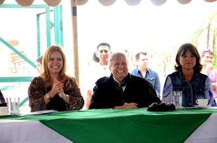 Alcalde cruceño entrega Parque  Urbano Nº 46 en Los Lotes
