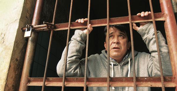 El exgobernador CarmeloLens guarda detención en el penal Mocoví
