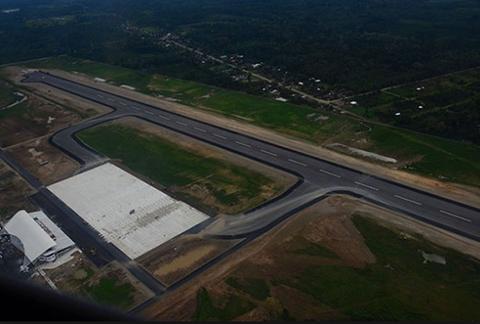 Gobierno--multara-con-Bs-50-mil-por-cada-dia-de-retraso-en-entrega-de-aeropuerto-de-Chimore-