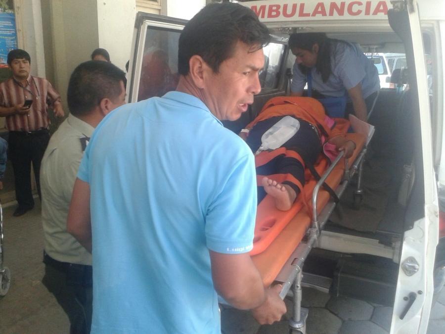 Los heridos llegan al Hospital Regional San Juan de Dios.