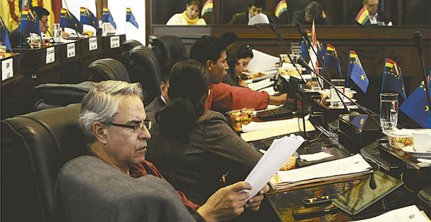 camino al referéndum el congreso prevé enviar su propuesta a control  constitucional