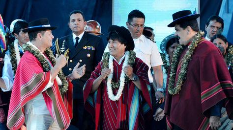 Correa, Morales y Maduro en la clausura de la II Conferencia Mundial de los Pueblos sobre Cambio Climático y Defensa de la Vida de Tiquipaya.