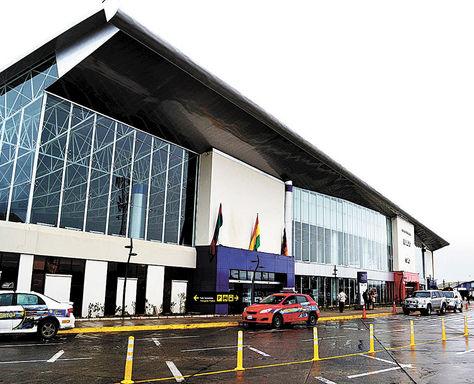 Servicio. El Aeropuerto Internacional de El Alto, que administraba la empresa nacionalizada SABSA.