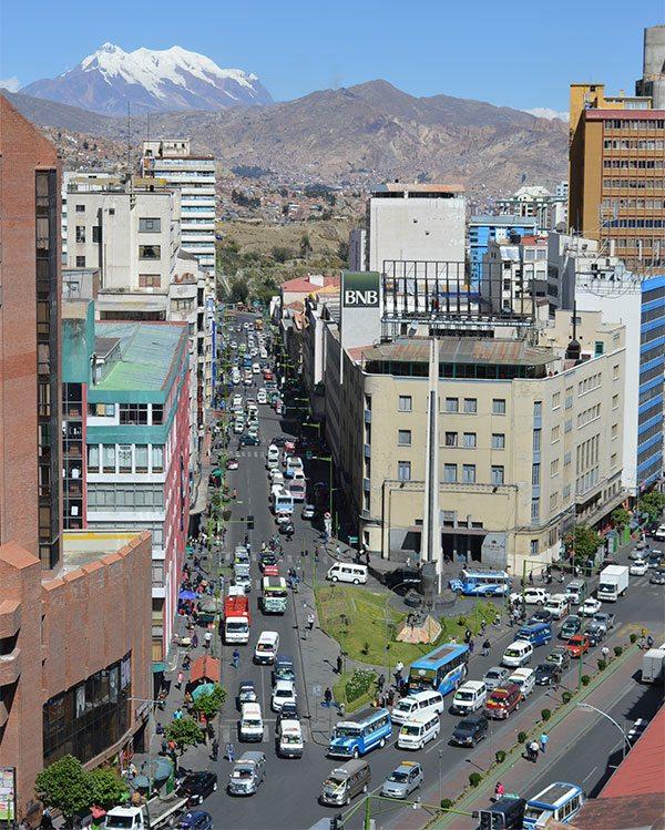 El Departamento de La Paz en su 467 años de Fundación continúa postergado en sus aspiraciones de desarrollo ante intereses políticos y no hay obras. La Ciudad Maravilla está abandonada.