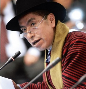 Cusi  denuncia persecución e injerencia en  justicia boliviana