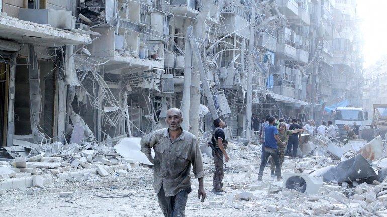 Human Rights Watch pidió investigar dos bombardeos efectuados por su aviación en la provincia central siria de Homs