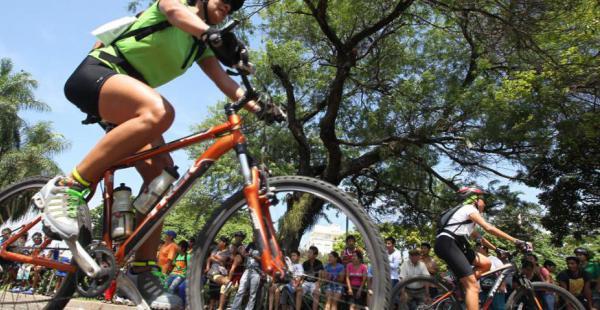 El ciclismo es una actividad que aumenta cada vez más adeptos en Santa Cruz y el país