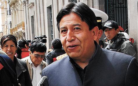 Autoridad. David Choquehuanca sale del Palacio Quemado.