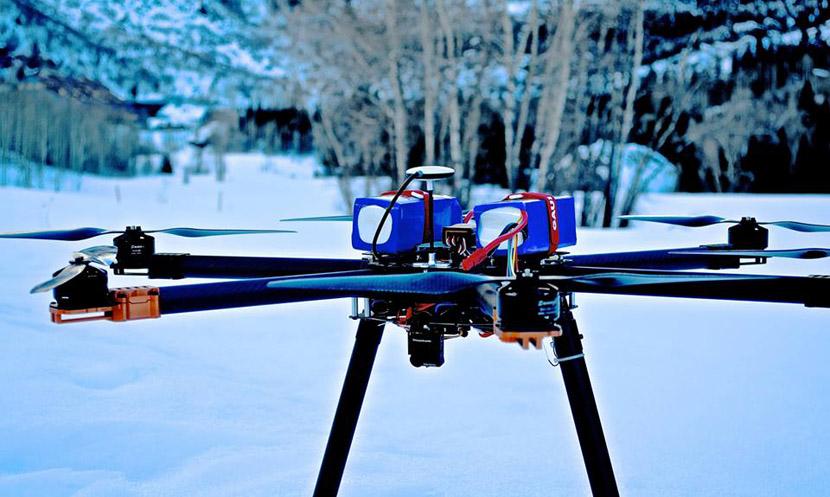drones Drones con explosivos para provocar avalanchas controladas