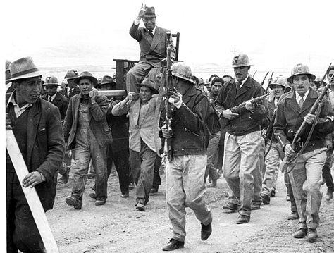 Proceso. El expresidente Víctor Paz en una visita a un centro minero.