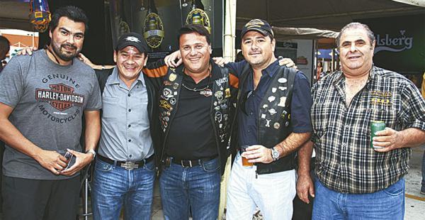 Miguel Castedo, Mauricio Parada, Jorge Castedo, Rafael Vargas  y Tony de Matia,  de Harley