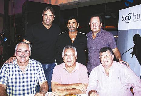 'Matula' Vaca Díez, Rogelio Cadore, 'Beco' Alba, Francisco Antelo, José Luis Durán  y Jorge Justiniano