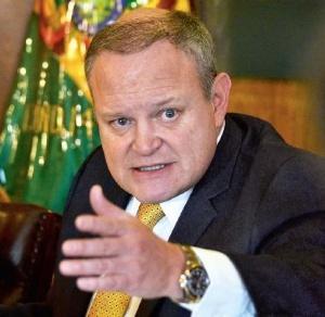 El doble aguinaldo es opcional para nueve cargos ejecutivos