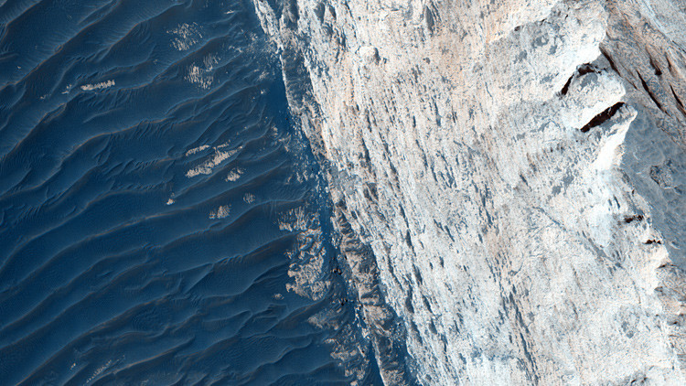 Cañón Ofir, Marte