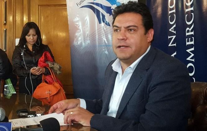 Revilla anuncia que la campaña por el No se hará a mediodía, en la noche y fines de semana