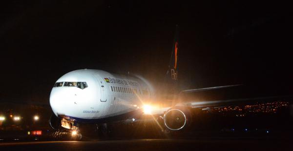 El Boeing 737-800 fue incorporado a la flota de aeronaves de la empresa estatal Boa. Se espera 5 aviones más
