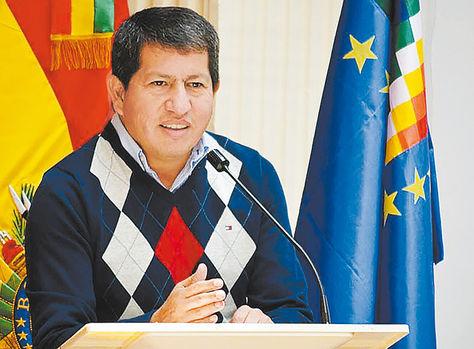 Explicación. El ministro Sánchez en la reunión de ayer.