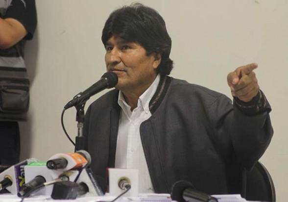 El presidente Evo Morales en conferencia de prensa, anoche en La Paz, a la conclusión del gabinete ampliado. -   Abi Agencia